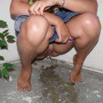femme qui fait pipi sans culotte 108