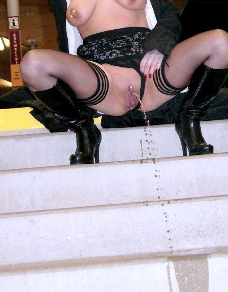voyeur du 08 avec pisseuse sexy